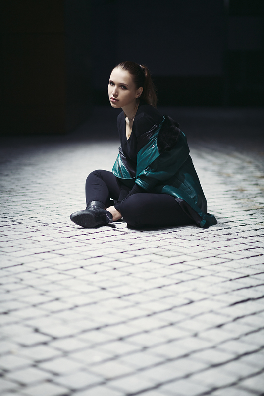 Foto zum Blogartikel - Fotoshooting bei Nacht - Mit Julia an der Fachhochschule