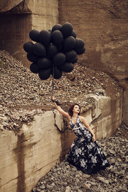 Foto zum Blogartikel - Schwarze Luftballons