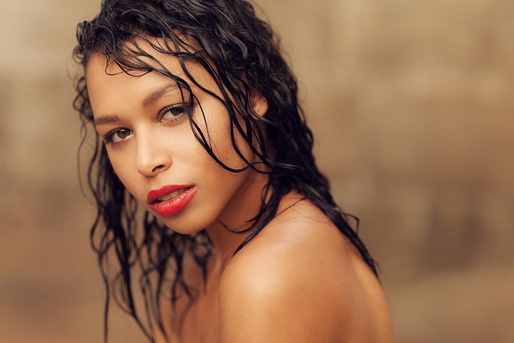 Portrait von Chanell mit nassen Haaren