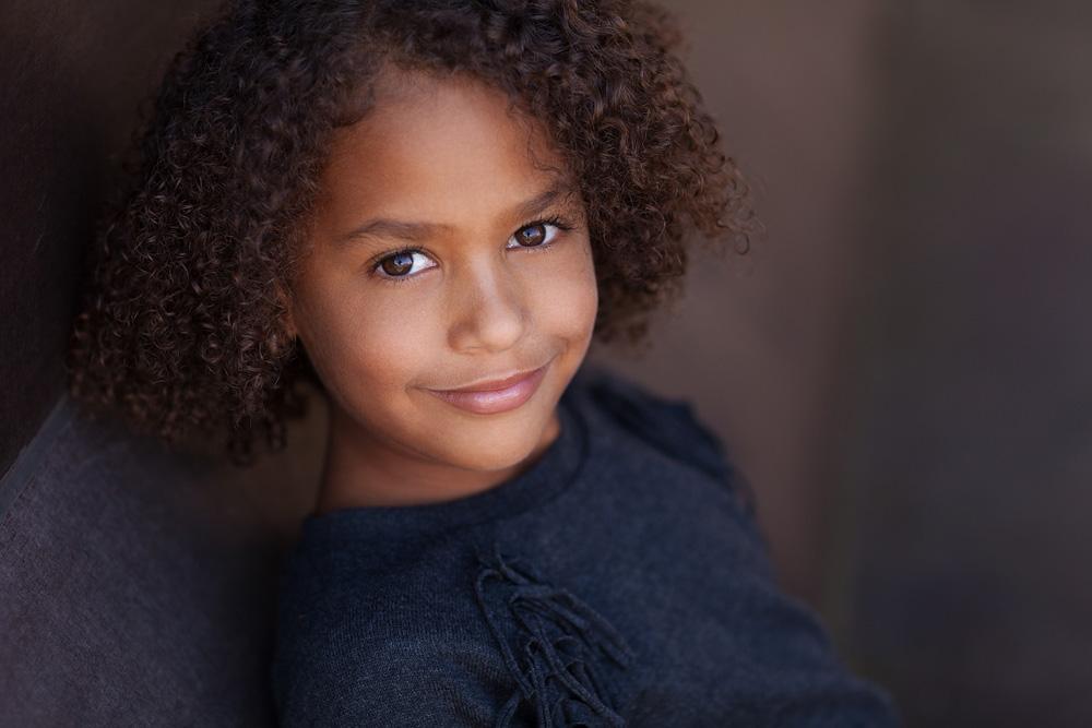 Kinderportrait, siebenjähriges Mädchen
