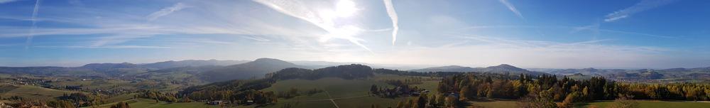 Panoramaaufnahme von der Wasserkuppe in der Rhön
